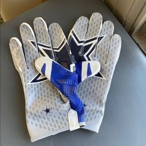 Nike vapor knit Dallas cowboys football gloves